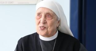 suora di Santa Croce