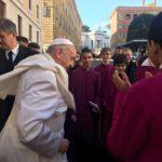 Papa e chierichetti